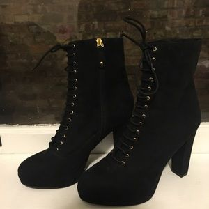 Black Boot Lace-Up Platform High Heel